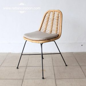 Cane chair vintage