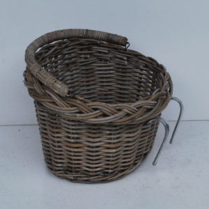 Rattan basket for bicycle