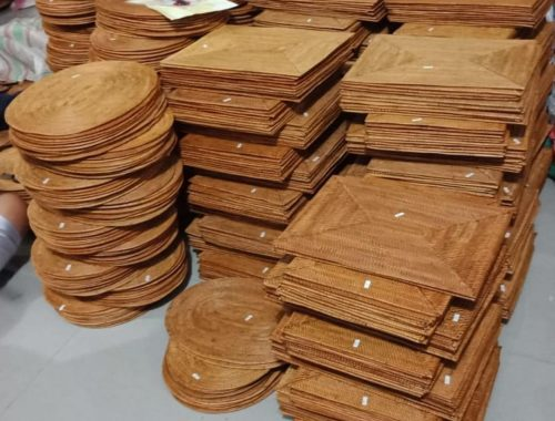 round rattan placemats