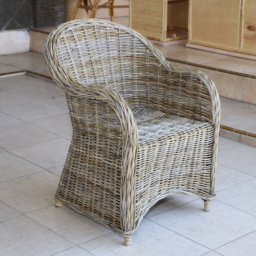 Armchairs and Accents Chairs